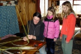 Willow weaving with Mitska.